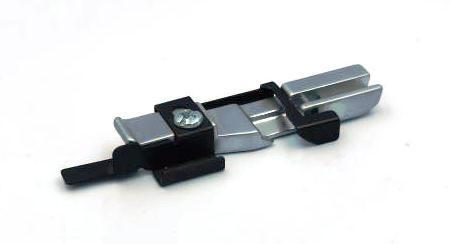 Лапка для вшивання тасьми з перлин до оверлока JAGUAR